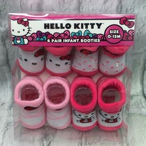 Hello Kitty 4 Pairs Infant Booties 0-12 Months